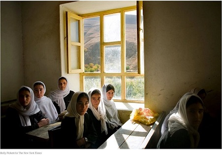 NYT-Education Threat to Extremism-
